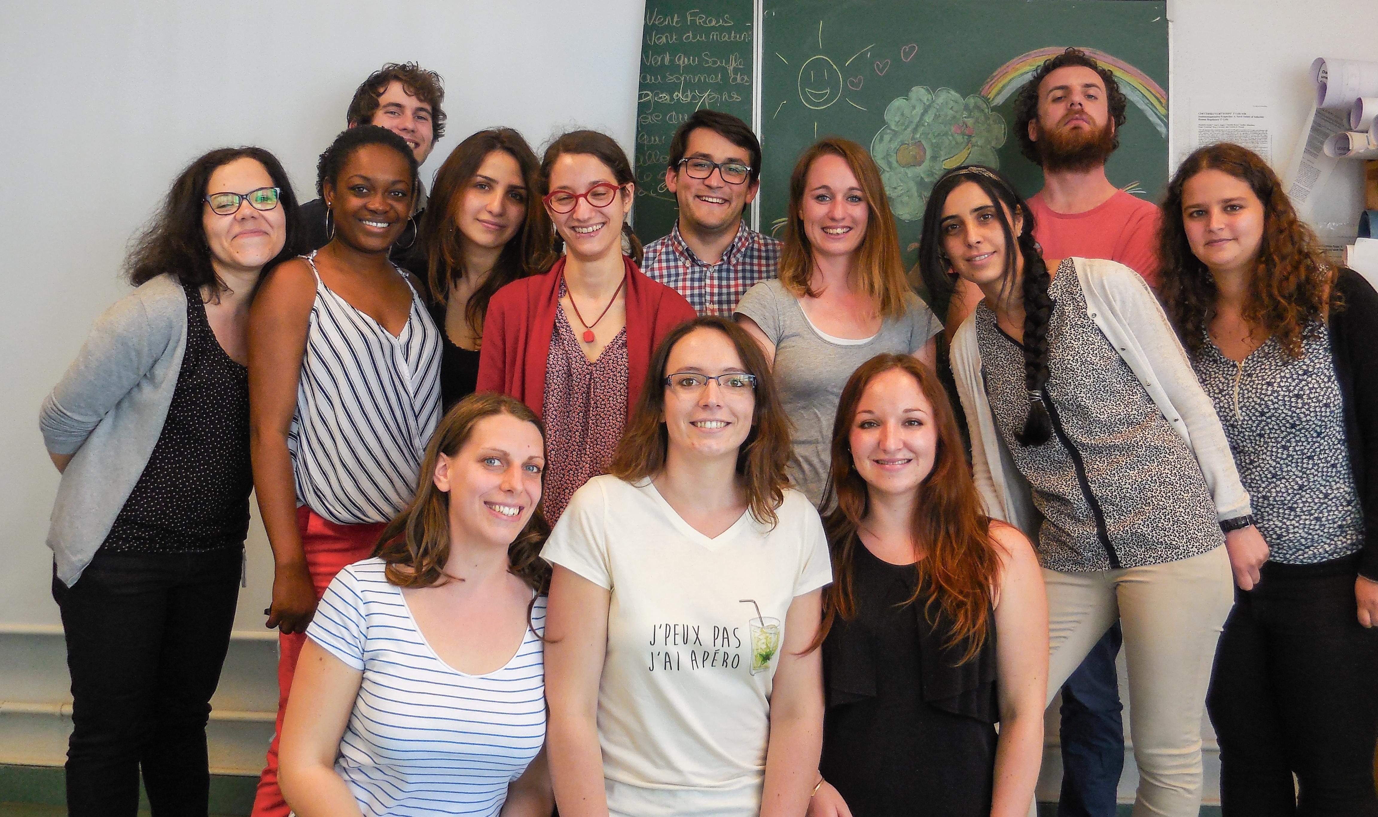 Les étudiants, secrétaire et tech de l'équipe, fin juin 2016.