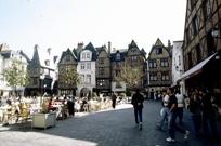 La place Plummereau, à 2 pas d'un des sites de l'université